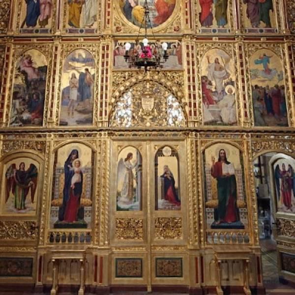 Ikonostas u grkokatoličkoj katedrali Presvetog Trojstva